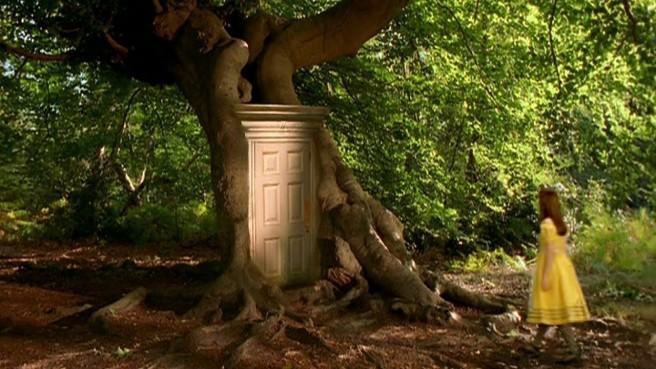Puerta al jardín de Alicia