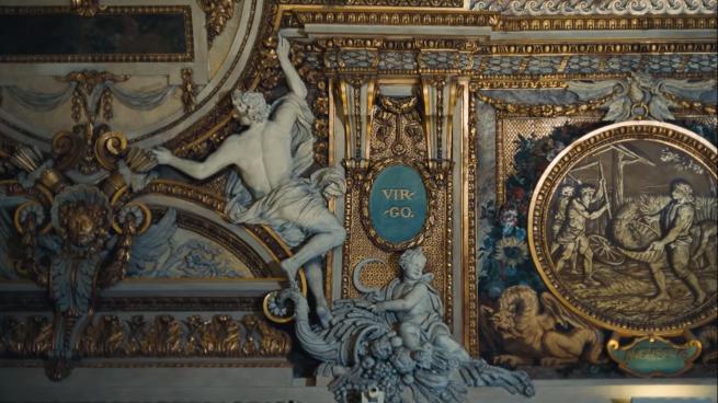 mural de Virgo en museo Louvre